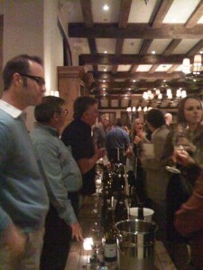 Producers & wine lovers come together to taste Amanti Vino favorites at the Irving Mill.